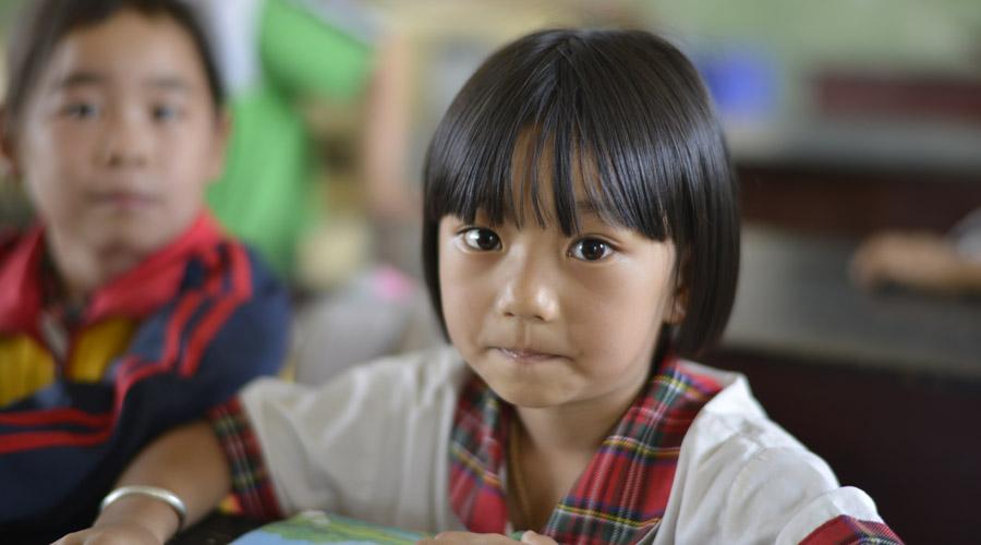 关爱贫困儿童 点亮山区学生微心愿